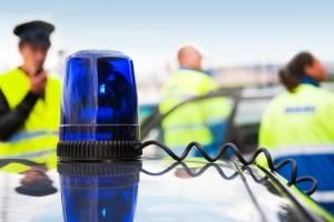 Filesharing: Bei einer Hausdurchsuchung haben die Polizisten das Recht, im Haus nach Beweisen zu suchen.