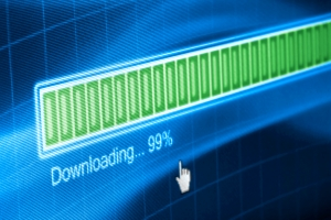 Filesharing kann eine Urheberrechtsverletzung im Internet darstellen.