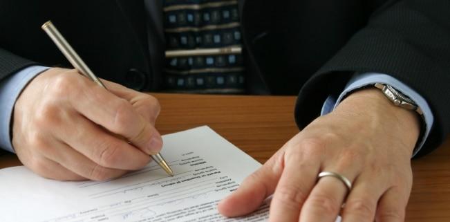 Der Unterlassungsanspruch im Urheberrecht kann auf unterschiedliche Weise durchsetzt werden.