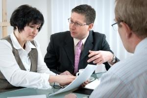 Urheberrecht: Ein Anwalt kann Sie über mögliche Schritte bei einer Abmahnung informieren.
