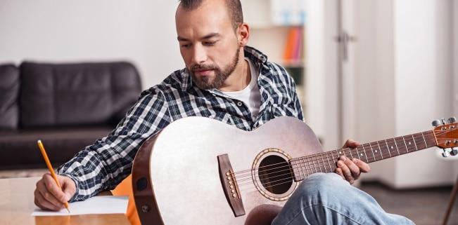 Gelten laut Urheberrecht Liedtexte als schützenswert?