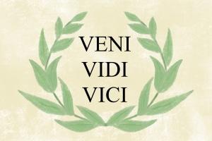 Urheberrecht für Zitate: Wer Sprüche nutzen will, ohne dabei einen konkreten Zweck zu verfolgen, sollte z. Bsp. gemeinfreie Werke von Gaius Iulius Caesar wählen.